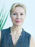 Head shot of Ivona Percec